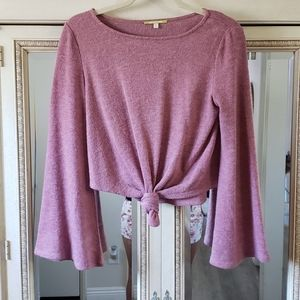 NWOT Gianni Bini bell sleeve sweater